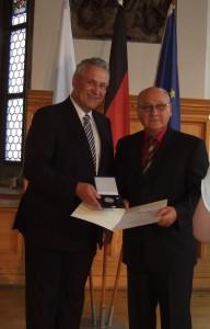 Ehrung Hans Wick durch Innenminister Hermann 2014